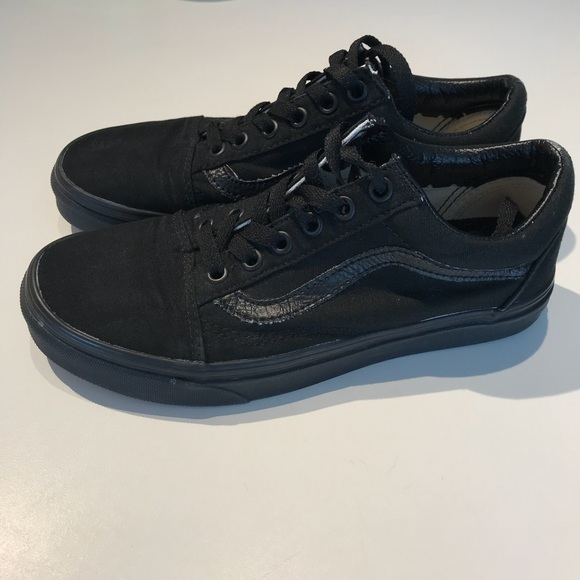 c9bb51bbff All black vans! M 5aa6cbc63a112e47745ea97d